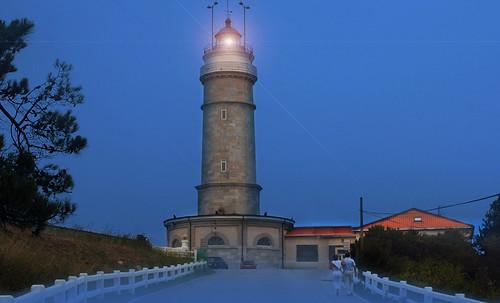 "Torres legendarias / Faros, minaretes, campanarios, rascacielos • <a style=""font-size:0.8em;"" href=""http://www.flickr.com/photos/30735181@N00/32493398646/"" target=""_blank"">View on Flickr</a>"