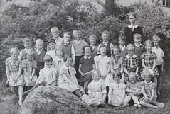 Norra ngby Folkskola, klass 1b, vrterminen 1937 (Olle Sundh) Tags: stockholm norra skola klass bromma svv skolfoto ngby folkskola skolbarn vultejusvgen