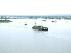 ships in New York harbor (Dominic Ambrose) Tags: ny harbor killvankull ships