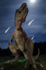 Jurassic Lights (DKL Series, 2015) (Athalfred DKL) Tags: childrenofdarklight children darklight dkl lightpainting light painting frodo kolo asturias frodoalvarez pintura de luz herramientaslightpainting herramientas lp tools lptools neonflexible dinosaur dinosaurio dino muja museo jurásico colunga art lightart larga exposición long exposure nocturna nocturnal trex tiranosaurio rex tyrannosaurus