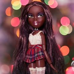 Merry Christmas + Life Updates (CheeChee FIickr) Tags: bratz campfire felicia doll mga entertainment mgae 2005