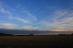 Weather wall. (Crazy Rudie) Tags: holanda azur blauw blue regen rain eos40d eos canon lucht sky landscape landschap netherlands nederland zuidholland goereeoverflakkee muur wall clouds wolken