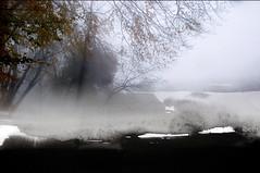 Massa temps en solitud (III), Demasiado tiempo en soledad, It have been alone too long (ibethmuttis) Tags: fog surreal landscape solitude sky texture china ink