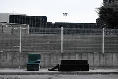 Prostíbulos (II) (Marmotuca) Tags: cutout muebles mobiliario prostitución sofás desaturadoselectivo prostíbulos