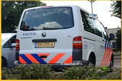 Dutch Police VW Oost-Nederland. (NikonDirk) Tags: nikondirk politie police dutch holland vw volkswagen golf traffic transporter t5 gp gelderland zuid hulpverlening netherlands foto bus 54jpd6