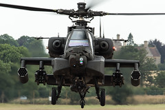 Dutch AH-64D Apache Q-29 exiting the runway (njjarvis) Tags: canon eos apache display aircraft flight sigma os airshow helicopter boeing dg arrivals fairford riat royalinternationalairtattoo 2015 longbow rnlaf royalnetherlandsairforce koninklijkeluchtmacht f4556 hsm ah64d 60d q29 120400mm 301squadron dn029