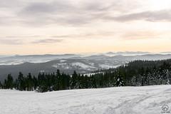 Mała Fatra w tle z Rysianki (czargor) Tags: beskidzywiecki wgoryzima winter winterinthemountains skituring