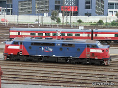 Southern Cross Station (DQ2004) Tags: vline southerncrossstation aclass a66