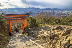 DSC_6026 (okm789911111) Tags: 伏見稻荷神社 千本鳥居 nikon1685