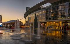 Christmas sunset (Fil.ippo) Tags: milano milan gaeaulenti christmas christmastree natale albero sunset tramonto hdr filippo filippobianchi water acqua cityscape