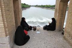 Iran_6622 (DavorR) Tags: bridge river iran most esfahan isfahan rijeka khajoo chador persianarchitecture khajubridge ador