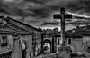 La cruz (Jotha Garcia) Tags: cruz blackwhite monocromo monochrome sky cielo castillayleón españa maderuelo pueblo town nubes clounds cross rood hdr otoño autumn 2016 november noviembre jothagarcia nikond3200