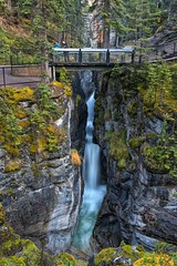 Maligne Canyon Waterfall (Philip Kuntz) Tags: malignecanyon maligneriver medicinelake slotcanyon chasm gorge waterfalls jaspernationalpark jasper alberta canada