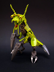 Varglemant (Djokson) Tags: beast alien insect reptile bug swarm pest vermin lime grey djokson lego moc toy model bionicle