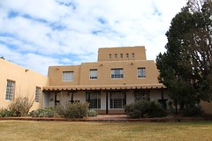 UNM Zimmerman Library (Albuquerque, New Mexico) (cmh2315fl) Tags: historicbuilding historiclibrary zimmermanlibrary universityofnewmexico pueblorevivalstyle albuquerque bernalillocounty newmexico newmexicostateregisterofculturalproperties registeredculturalproperty publicworksadministration pwa newdeal