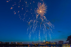 _DSC0109 (johnjmurphyiii) Tags: summer usa festival fireworks connecticut riverfest connecticutriver easthartford 06108 johnjmurphyiii tamron1024zoom originalnef