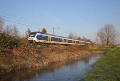Laatste winterdag (Maurits van den Toorn) Tags: trein treinstel sprinter slt train railway spoorlijn bombardier ns boskoop alphen winter