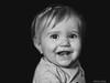 Nerea (Nando Verdú) Tags: retrato niña pequeña infantil persona blanco negro bn bw black white portrait fondo oscuro aislado isolated sonrisa dientes dos simpatia simpatica elda petrer alicante chica monocromo monocromatico