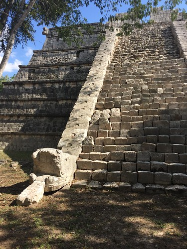 Snake staircase at Chichen Itza