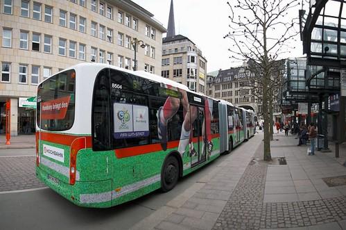 mitten im Bus abgestochen©HamburgerJung/flickr.com