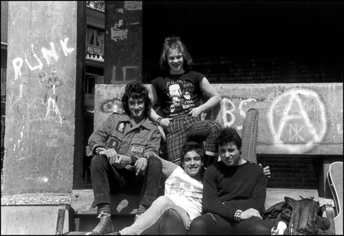 basura - rentería 1982