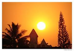 Ball of Fire ($ydney) Tags: sunset summer sun ilovenature solar pune title2 ydney sonydsch1 notpicked title3 title1 titleit bsbsummer