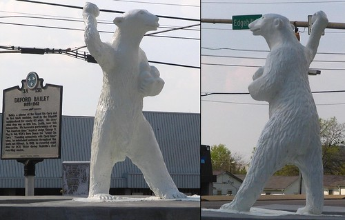 Polar Bear Statue Snowball Fight