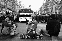Provocation avant rpression (Sam OULMOU) Tags: bw paris france riot cops sam protest photojournalism police demonstration rpublique sorbonne manifestation crs cpe arrestation placedelarpublique photojournalisme emeute interpellation gendarmesmobiles forcesdelordre oulmou samoulmou top20photojournalism