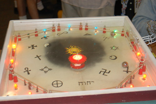 Maker Faire: perpetual pinball