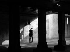 amsterdam (wojofoto) Tags: amsterdam bw blackandwhite wojofoto zwartwit zw wolfgangjosten westerdok shadow schaduw schatten monochrome straatfoto streetphoto people mensen