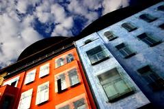 The sky above Berlin (Gianni Dominici) Tags: blue sky orange building berlin topf25 topv111 canon kreuzberg germany topf50 topv555 topv333 topv999 topv444 2006 topv222 april topv777 topv666 topv888 bergmannstr 4egiannid 4earia