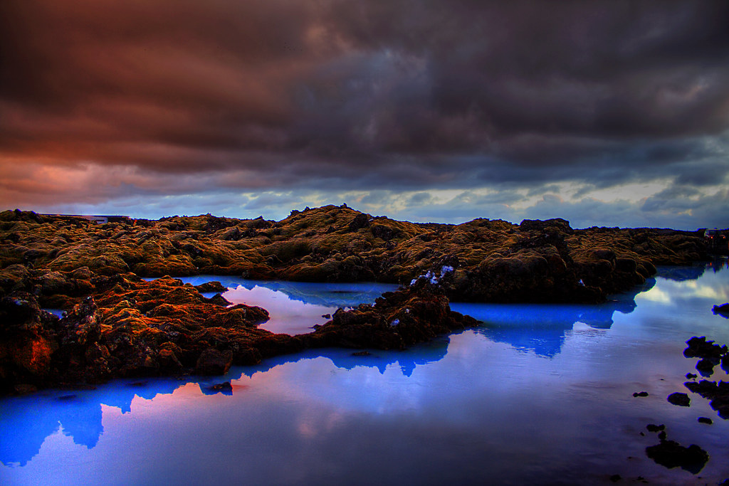 Sunset at the blue lagoon ... (by asmundur)