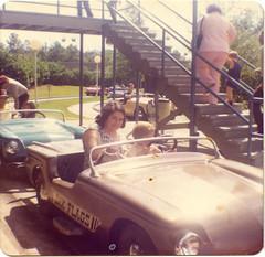 Happy Motoring Freeway (King Power Cinema) Tags: atlanta cars georgia flags freeway 70s amusementpark sixflags six