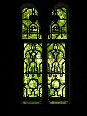 Seville garden window (matt Raftery) Tags: light castle gardens contrast seville arabic alcazar sillouette windowframe