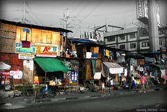 Buhay Pilipinas - S2is AranetaAve_1 (Daniel Y. Go) Tags: houses color canon colorful philippines poor powershot s2is shanties urbanlife buhaypilipinas wowiekazowie gettyimagesphilippinesq1