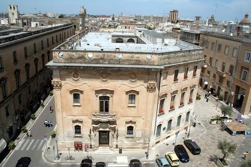 palazzo carafa, sede comunale di lecce