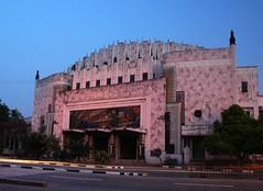 Metropolitan Museum at Dusk (BeeBoy) Tags: longexposure pink building night theatre philippines manila artdeco streaks epix06
