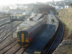 153318 & 153370 Penzance (7) (Marky7890) Tags: gwr 153318 class153 supersprinter 1c04 penzance railway cornwall train 153370