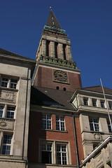 Altes Rathaus (01) (Rdiger Stehn) Tags: deutschland europa architektur rathaus kiel schleswigholstein norddeutschland altesrathaus mitteleuropa rathausturm 2015 canoneos550d kielvorstadt