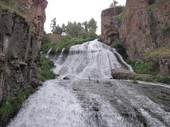 Waterfall of Jermuk (Alexanyan) Tags: town resort marz health armenia region spa armenian jermuk caucasia vayots dzor ջերմուկ