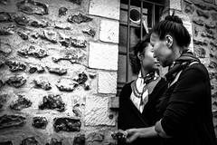 _DSC8224 (Elizabeth Char) Tags: paris 28mm 2015 streetphotographie soireentreamis streettogs nikond610 elizabethchar