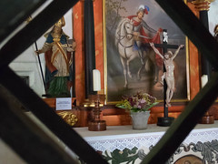 Altar Kirche St.Martin (Marco Facci) Tags: jesus kirche stmartin altar kreuz bild gitter graubnden motorradontour
