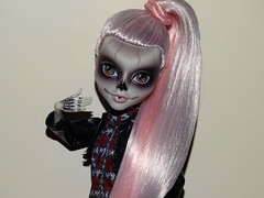 Faster than you can say Ferrari (meike__1995) Tags: monster high zomby gaga mattel collector doll