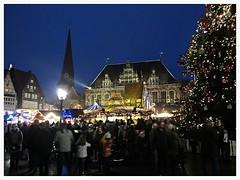 Weihnachtsmarkt, Bremen (v8dub) Tags: weihnachtsmarkt bremen noël marcké markt market weihnachten christmas xmas allemagne deutschland germany niedersachsen brême nacht night nuit