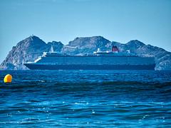 2016-10-02 17 45 16 (Pepe Fernández) Tags: cíes mar crucero transatlantico buque barco cunard queenelisabeth