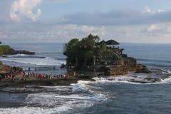 IMG_4539 (FelipeDiazCelery) Tags: indonesia bali tanahlot templo temple religion induhismo hinduismo sea mar playa beach surf