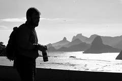 Parque da Cidade de Niterói - Rampa de voo livre (Jeremias Gomes) Tags: niteroi parque cidade paisagem rio guanabara corcovado gavea petro branco pb bw