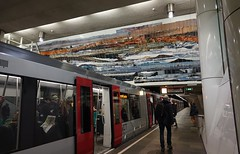 Metro Station Dijkzigt (Gerard Stolk ( vers la fête d'Ignatius )) Tags: rotterdam station dijkzigt metro ret