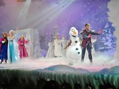Frozen show (Elysia in Wonderland) Tags: show birthday vacation anna holiday snow paris france june olaf frozen snowman theatre disneyland disney musical karaoke elsa elysia kristoff charparral