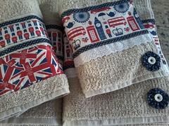 """20150614_162921 (""""ARTEIRICES"""" By RÔ IANGUAS) Tags: de banho jogos customizadas toalhas"""
